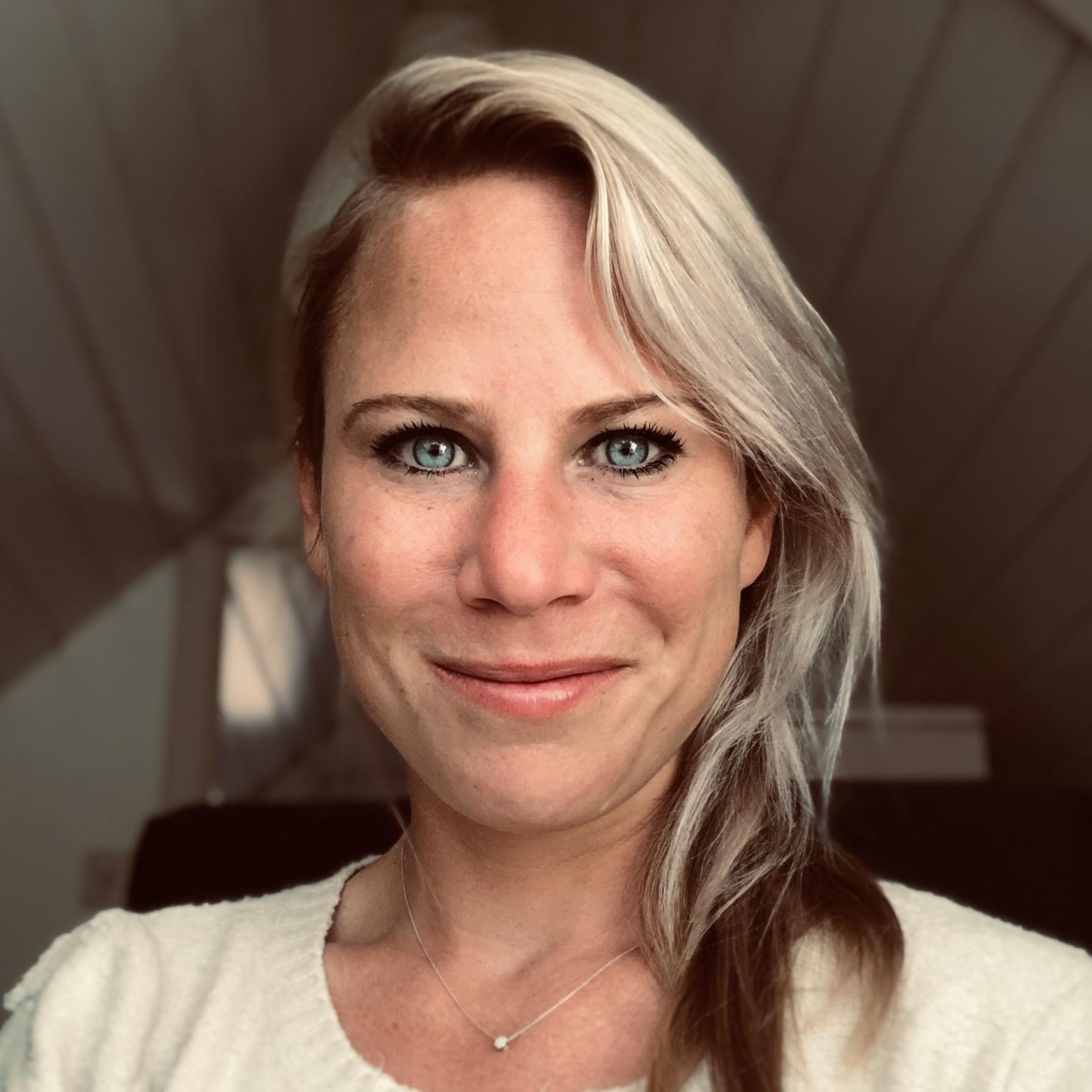 Nora Schenk tekstschrijver